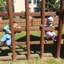 Zabawy na podwórku przedszkolnym_29