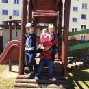 Zabawy na podwórku przedszkolnym_40