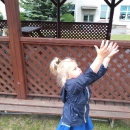 Zabawy na podwórku przedszkolnym_9