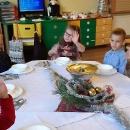 Przedszkolne spotkanie przy wigilijnym stole_10